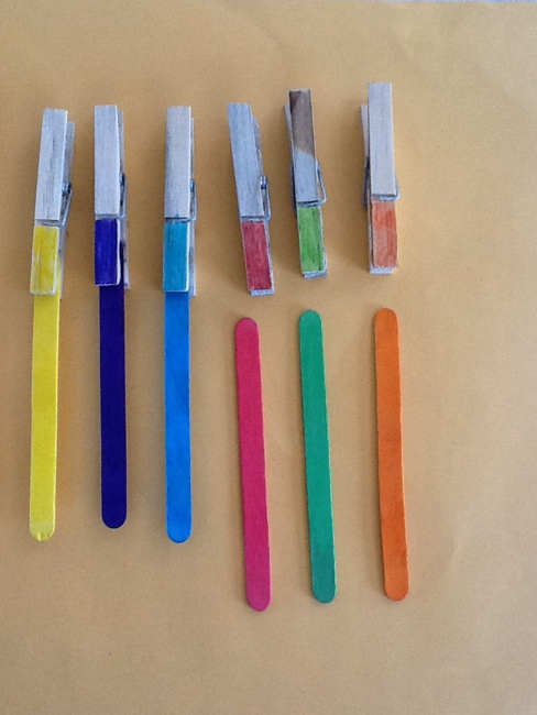 Coloured pegs ans sticks